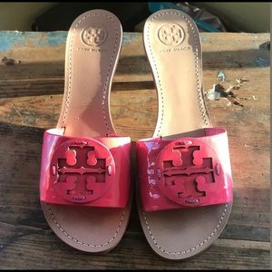 Tory Burch Aerin Slides in Parrot Pink